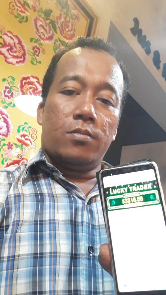 Rendy Candra win Hanson Forex Lucky Draw